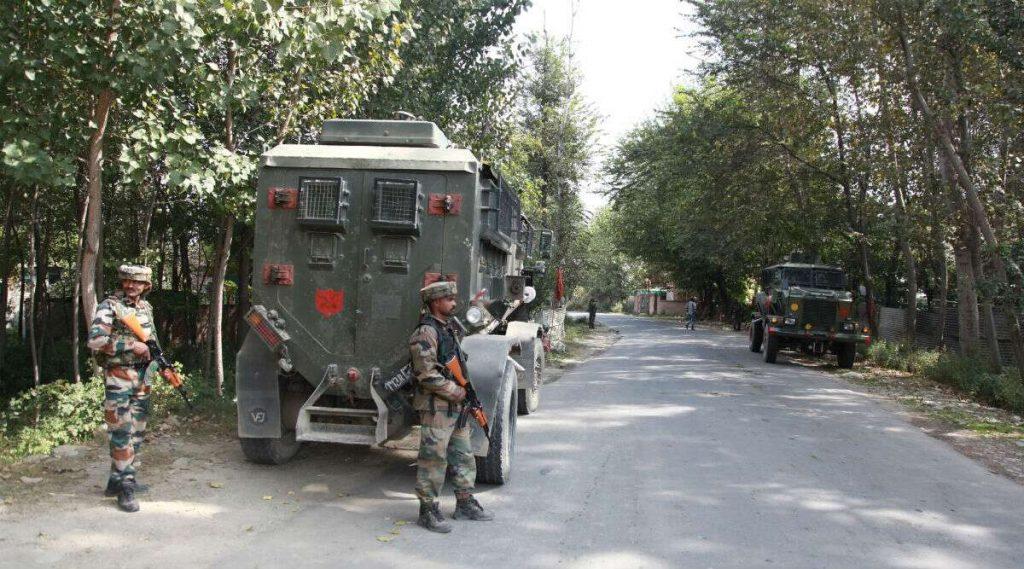 Jammu and Kashmir: পুলওয়ামায় উদ্ধার বিস্ফোরক বোঝাই গাড়ি, বানচাল গাড়িবোমা বিস্ফোরণের ছক