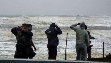 West Bengal Weather Update: কয়েক ঘণ্টা পড়ই আছড়ে পড়বে ঘূর্ণিঝড় গুলাব, কলকাতা-সহ জেলাগুলিতে ভারী বৃষ্টির সম্ভাবনা