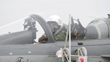 IAF Chief Visits Leh-Srinagar Bases: লেহ ও লাদাখ ঘাঁটি পরিদর্শনে বায়ুসেনা প্রধান; মোতায়েন সুখোই, মিরাজ যুদ্ধবিমান