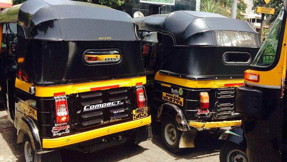 Pune Auto-Rickshaw Driver: লকডাউনে বিয়ে স্থগিত, জমানো টাকায় পরিযায়ী শ্রমিকদের অন্ন জোগাচ্ছেন পুনের অটোচালক