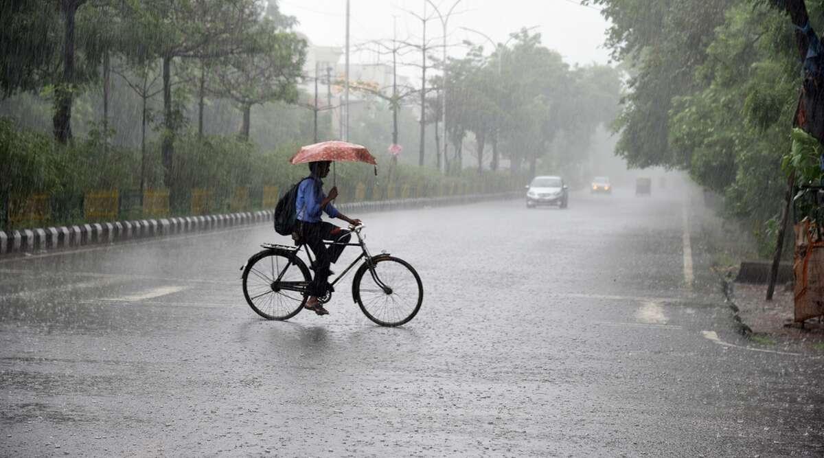 West Bengal Monsoon: ফের নিম্নচাপের জের, আজ বৃষ্টিতে ভিজবে উত্তর-দক্ষিণের ৫ জেলা