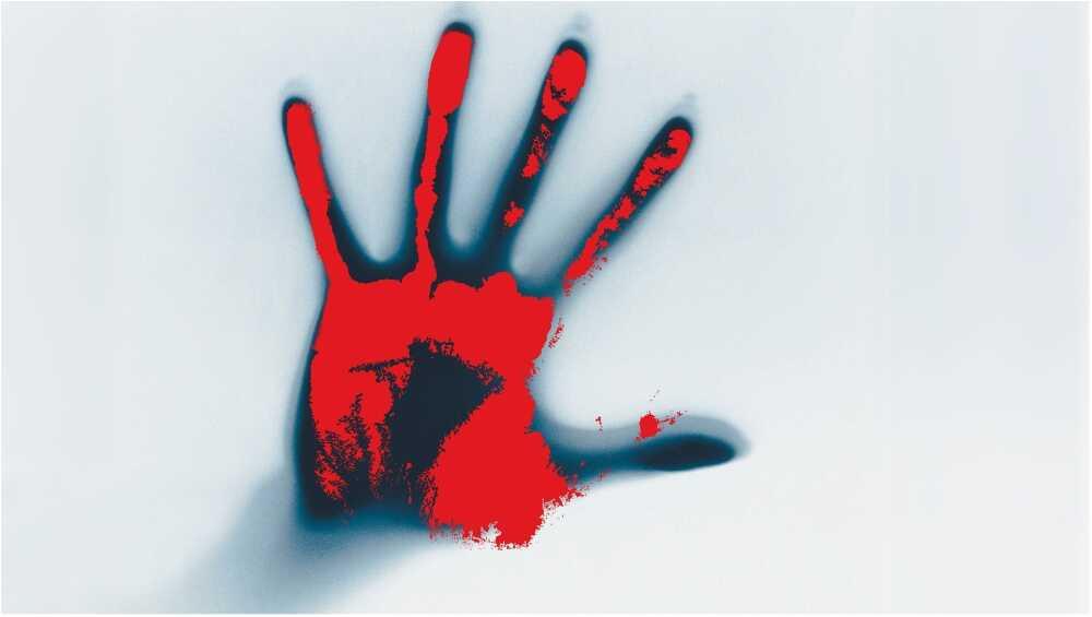 Uttar Pradesh Shocker: নাবালক পুত্রকে খুন করে মৃতদেহের সঙ্গেই রাতভর ঘুমোলো বাবা!