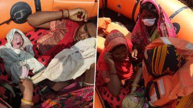Bihar: বন্যায় বিপর্যস্ত বিহার, উদ্ধারকারী দলের বোটে সন্তান প্রসব যুবতির