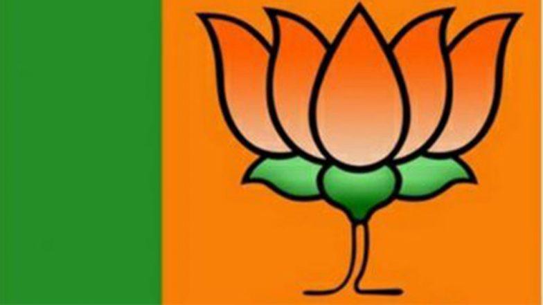 WB Assembly Elections 2021: তৃণমূলের প্রার্থী ঘোষণা আজ, শহরের পাঁচতারা হোটেল প্রার্থী তালিকা তৈরিতে ব্যস্ত পদ্ম শিবির