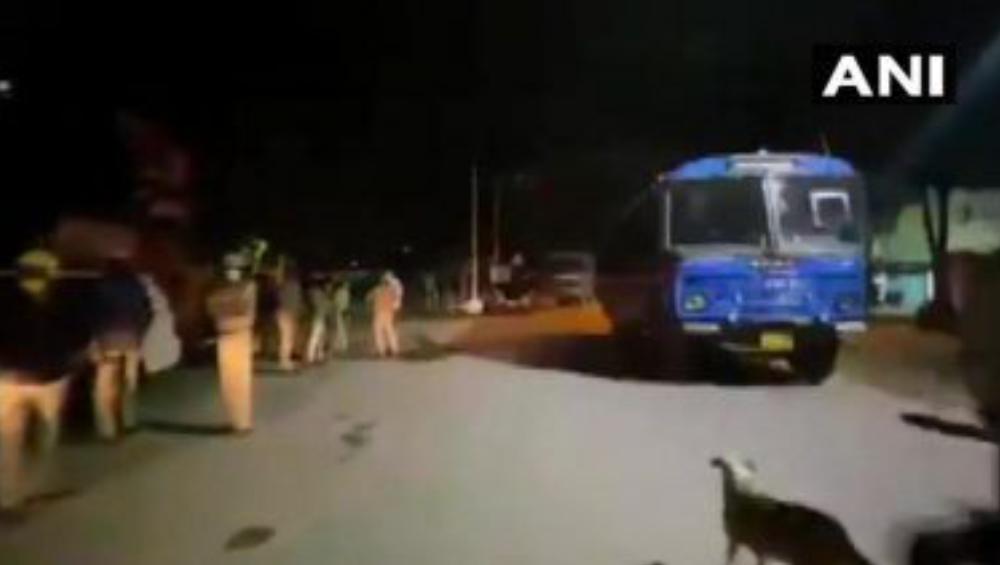 Bengaluru: অবমাননাকর ফেসবুক পোস্টকে কেন্দ্র করে বেঙ্গালুরুতে উত্তেজনা, মৃত ২ আহত ৬০ পুলিশ কর্মী