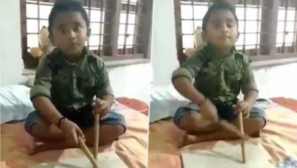 Viral:মার্বেল বাজিয়েই সোশ্যাল মিডিয়ায় ভাইরাল ৬ বছরের খুদে, শিশুশিল্পীকে ড্রাম উপহার দিলেন মালয়লম অভিনেতা