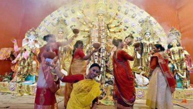 Dhunuchi Naach Significance in Durga Puja 2020: ধুনুচি নিয়ে নাচবেন নাকি? জানুন এই নাচের তাৎপর্য