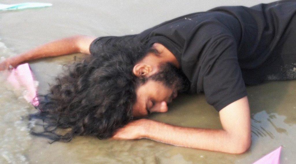 Short Film 'Chokh' Review: একাকিত্ব কাটিয়ে আত্মজাগরণের গল্প প্রতীক দে চৌধুরী পরিচালিত ও সুমন সাধু অভিনীত শর্ট ফিল্ম 'চোখ'