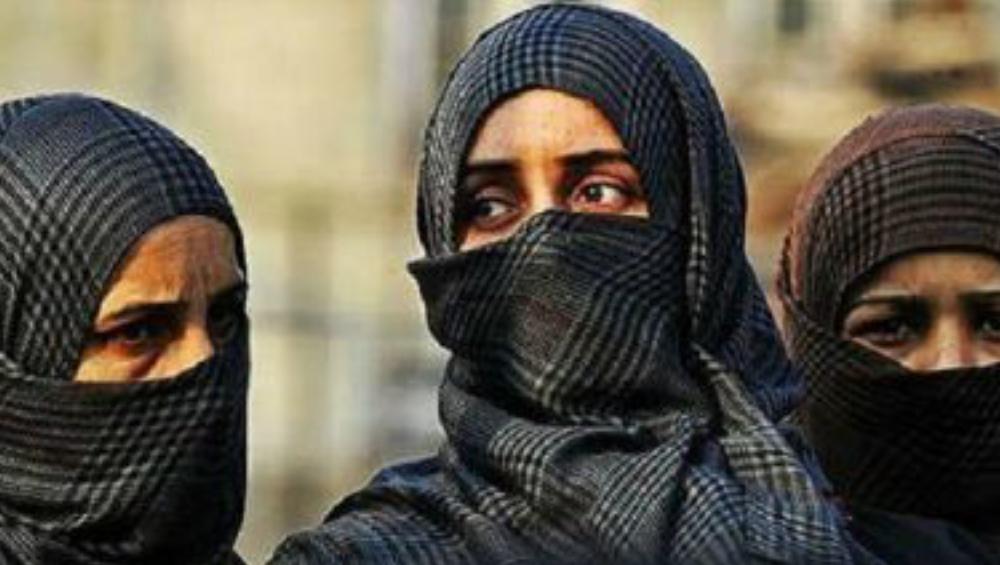 Reshma Khan: ১ দিনের জন্য প্রধানমন্ত্রী হলে দেশের মহিলাদের জন্য বোরখা হিজাব নিষিদ্ধ করতেন, সাহসী মন্তব্য রেশমা খানের