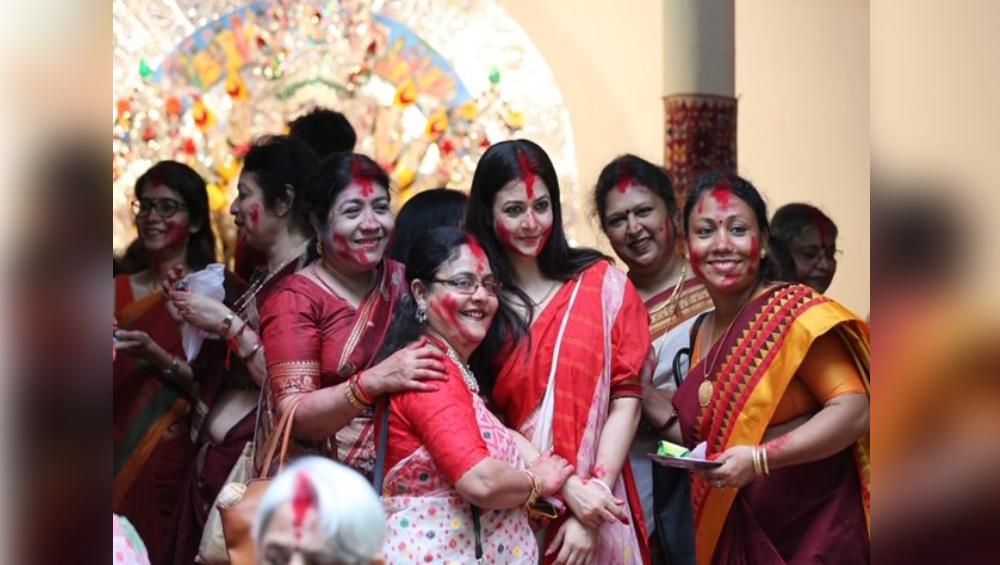 Durga Puja 2020: করোনার ঘায়ে মল্লিক বাড়ির পুজো এবার ব্যক্তিগত,  জানালেন কোয়েল