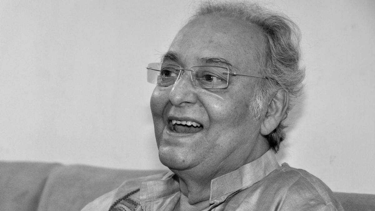 Bollywood Celebs on Soumitra Chatterjee's Death: সৌমিত্র চট্টোপাধ্যায়ের প্রয়াণে গভীরভাবে শোকাহত অনিল কাপুর, রিচা চাড্ডা, মনোজ বাজপেয়ী, টুইট শোকবার্তা