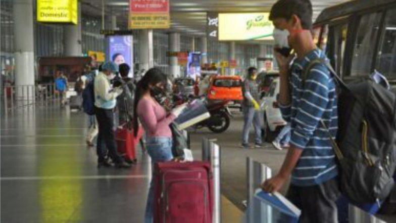 Air Ticket Charges: বিমান যাত্রীদের জন্য সুখবর! লাগেজ ব্যাগ না থাকলে ছাড় মিলবে তার ভাড়ায়