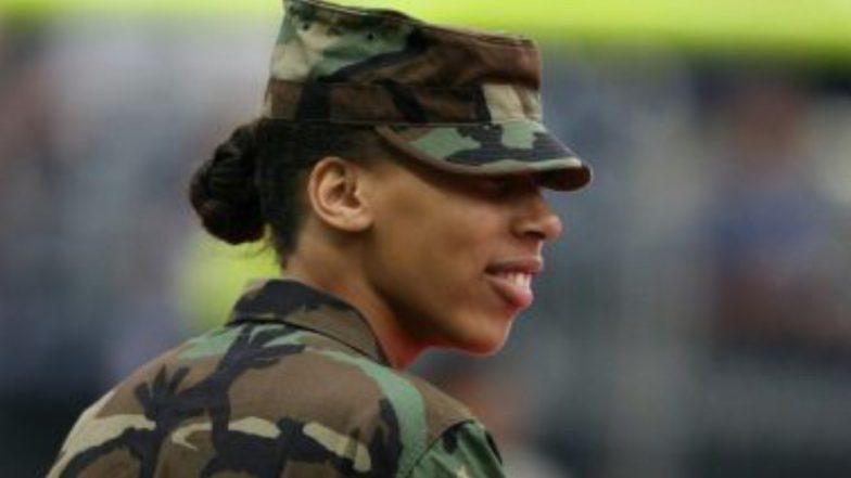 US Female Soldiers: মার্কিন মহিলা সেনানিরা লম্বা চুলে পনিটেল বাঁধতে পারেন, হতে পারেন ন্যাড়া