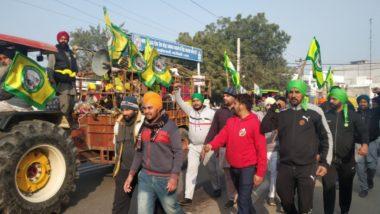 Farmers Break Police Barricade: সাধারণতন্ত্র দিবসের সকালে দিল্লিতে গোলযোগ, টিকরি ও সিঙ্ঘু সীমান্তে পুলিশ ব্যারিকেড ভাঙলেন কৃষকরা