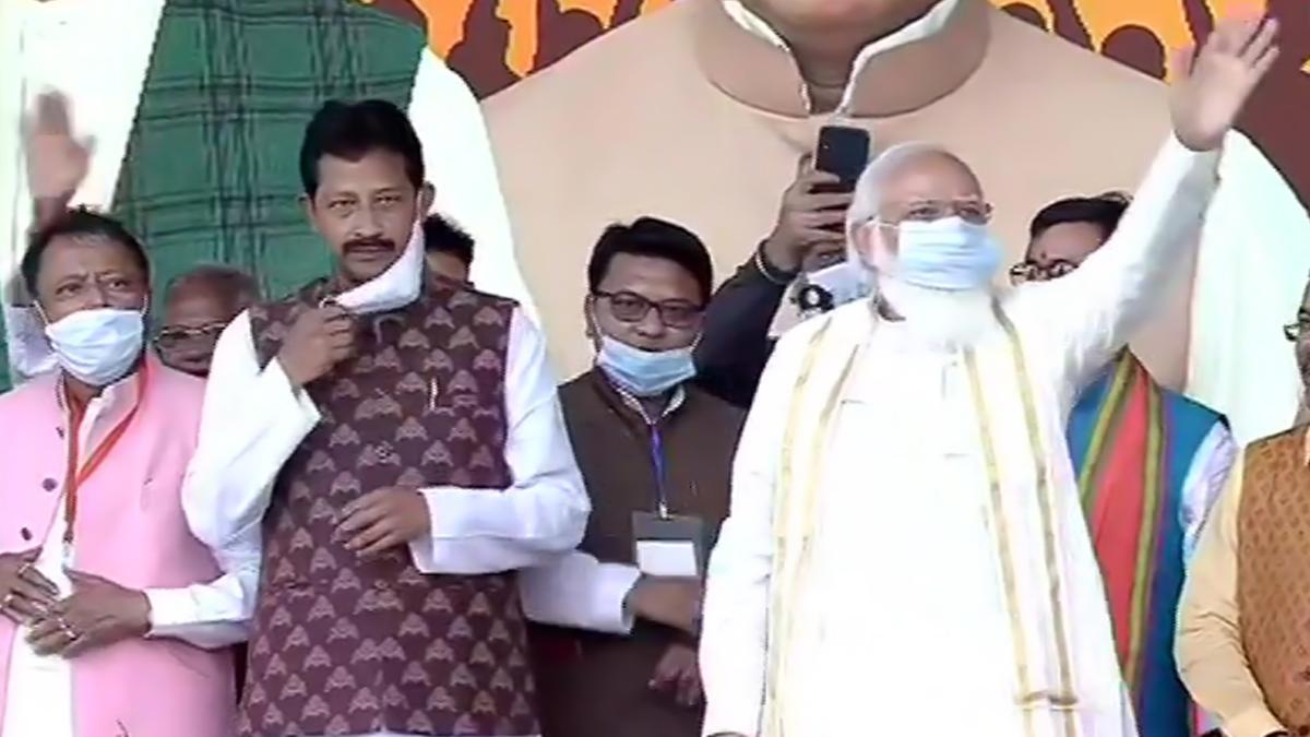 PM Narendra Modi at Dunlop Speech Highlights: বাংলার পিছিয়ে পড়া শিল্প, পাটশিল্পকে উজ্জীবিত করতে 'সোনার বাংলা' গড়ে 'আসল পরিবর্তন'-এর ডাক প্রধানমন্ত্রী নরেন্দ্র মোদির