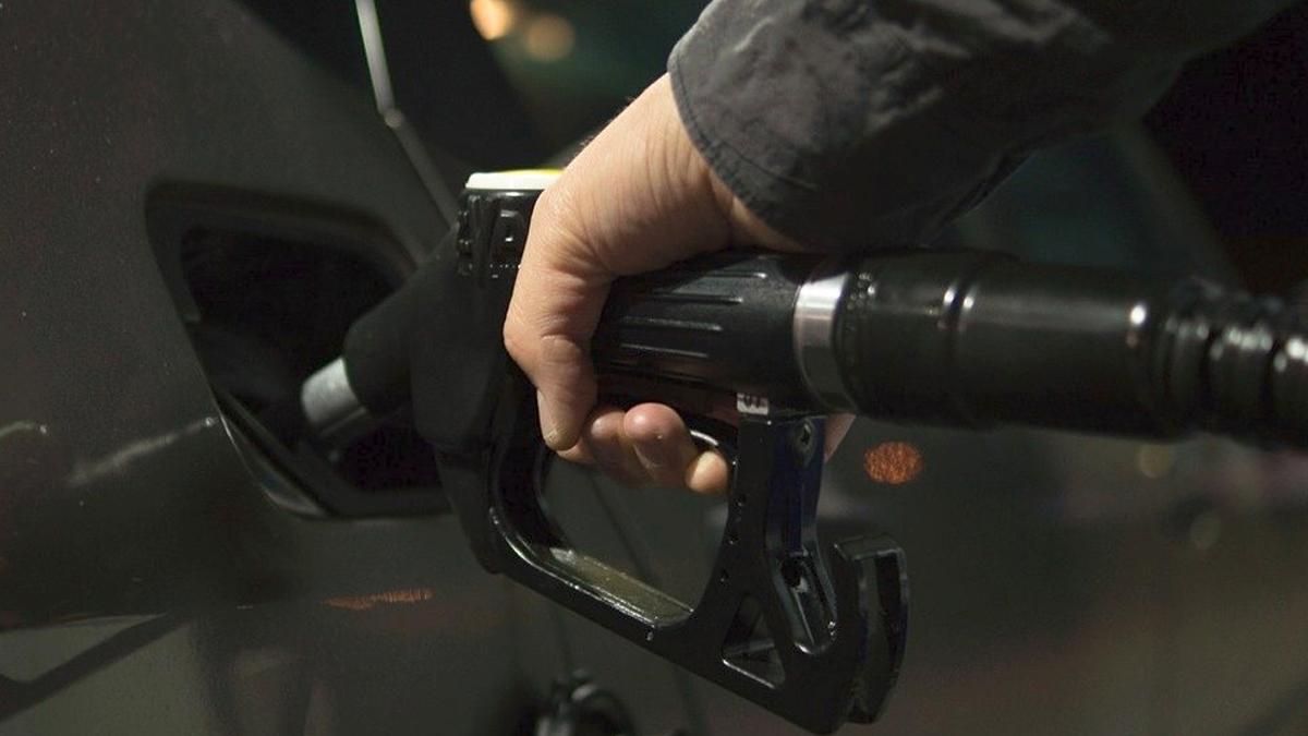 Fuel Home Delivery: পাম্পে যাওয়ার প্রয়োজন নেই, অ্যাপের মাধ্যমে অর্ডার দিলেই জ্বালানির হোম ডেলিভারি