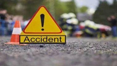 Road Accident: ইলেকট্রিক পোস্টে ধাক্কা মেরে খালে পিকআপ ভ্যান, মৃত ৮ শ্রমিক