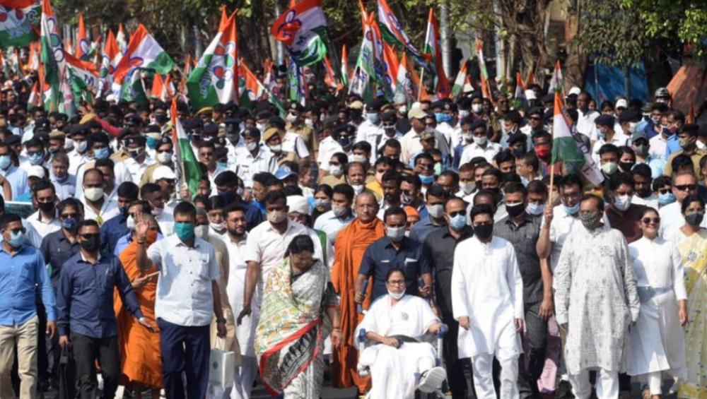 WB Assembly Elections 2021: 'রথযাত্রায় বিজেপি নেতারা খাচ্ছে দাচ্ছে ঘুরে বেড়াচ্ছে', বলরামপুরে পদ্ম শিবিরকে কটাক্ষ মমতার