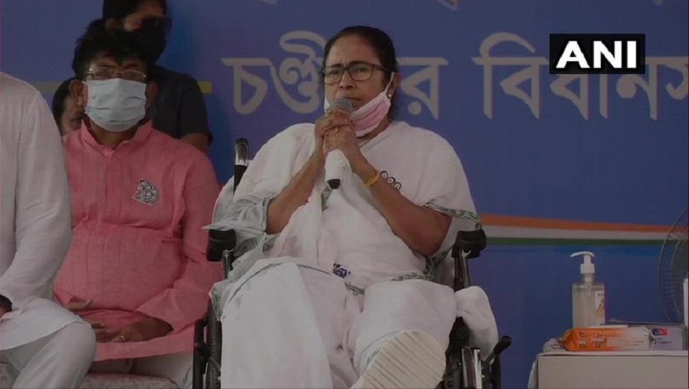 WB Assembly Elections 2021 : 'বাংলায় ঠাই পাবে না বহিরাগতরা', শাহকে আক্রমণ মমতার