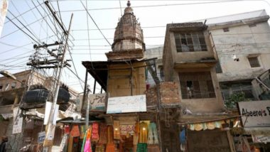 Pakistan: পাকিস্তানে ১০০ বছরেরও বেশি পুরনো হিন্দু মন্দিরে হামলা