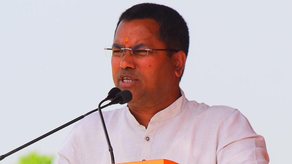 Assam Assembly Election 2021: 'পোলিং অফিসারেরা সাহায্য চেয়েছিলেন', গাড়িতে ইভিএম রাখার বিতর্কে মুখ খুললেন বিজেপি বিধায়ক কৃষ্ণেন্দু পাল