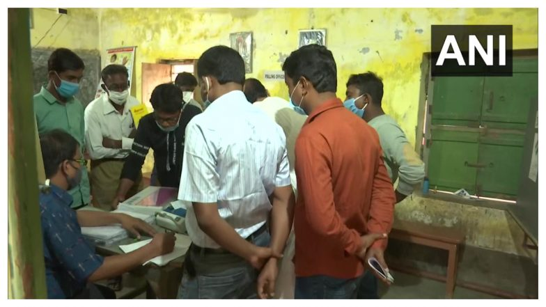 West Bengal Assembly Elections 2021 6th Phase Poll Live Updates: ষষ্ঠ দফায় ৪ জেলার মোট ৪৩টি আসনে ভোটগ্রহণ শুরু