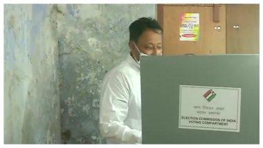 West Bengal Assembly Elections 2021: ভোট দিলেন কৃষ্ণনগর উত্তরের বিজেপি প্রার্থী মুকুল রায়