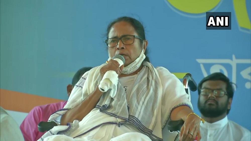 West Bengal Assembly Election 2021 : রবিবার শীতলকুচিতে মমতা, 'ষড়যন্ত্রের' অভিযোগ তুলে মোদীর বিরুদ্ধে সরব তৃণমূল