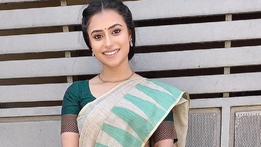Kannada actress : পছন্দের মানুষকে বিয়েতে বাধা? দাদাকে নৃশংসভাবে খুনের অভিযোগে গ্রেফতার অভিনেত্রী