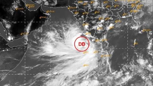 Cyclone Yaas: ধেয়ে আসছে 'য়াস',বঙ্গোপসাগরে গভীর নিম্নচাপ ৬৭০ কিমি দূরে, প্রস্তুতি জেলায় জেলায়