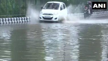Delhi Rain: জলমগ্ন রাজধানীতে চলছে যান, দেখুন ছবি ও ভিডিও