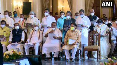 List Of Mamata Banerjee's Cabinet Minister: মমতার মন্ত্রিসভায় ২৭ জন পুরোনোর ভিড়ে ১৬ নতুন মুখ, কে কে জানেন?