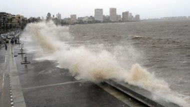 Cyclone Yaas: 'মারাত্মক ঘূর্ণিঝড়' য়াসের আতঙ্কে কাঁপছে বাংলা, জারি সতর্কতা
