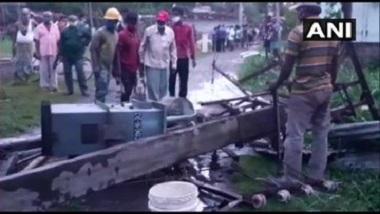 Cyclone Yaas: নৈহাটিতে টর্নেডো? উড়ে গেল বাড়ির চাল, বিদ্যুতের খুঁটি