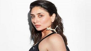 Kareena Kapoor Khan: সুইমিং পুলের পাশে স্বল্পবাসে করিনা, ভাইরাল ছবি