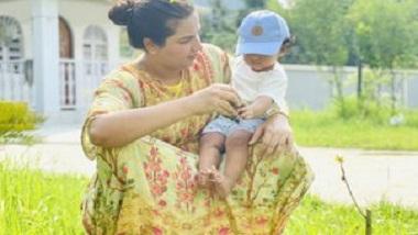 Subhashree Ganguly: বিশ্ব পরিবেশ দিবসে ছোট্ট ইউভানকে কোলে নিয়ে ছবি শুভশ্রীর, প্রশংসায় নেটিজেনরা