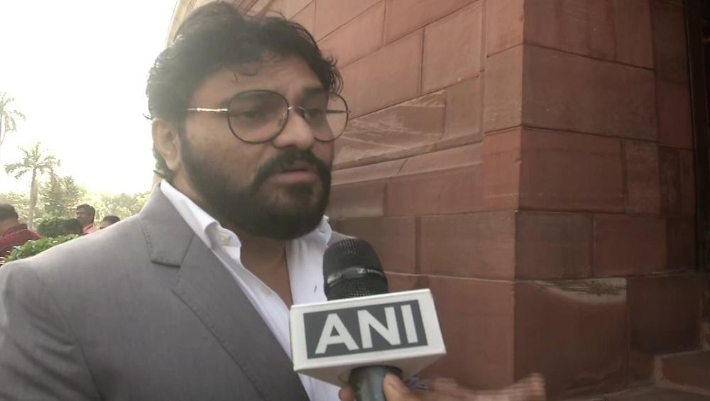 Babul Supriyo: সাংসদ পদে থাকলেও রাজনীতি ছাড়ছেন বাবুল সুপ্রিয়
