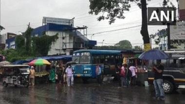 West Bengal: করোনা সংক্রমণ কমায় ক্রমশ উঠছে বিধি নিষেধ, বাস চলায় খুশি মানুষ