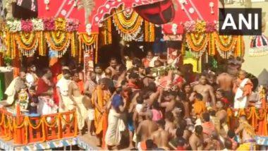 Rath Yatra 2021: পুণ্যার্থী শূন্য পুরীর রথযাত্রা, দেখুন ভিডিও