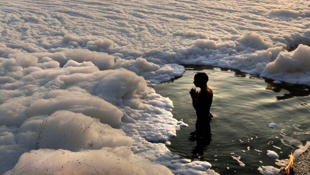 Yamuna Pollution: 'যমুনাজির দিব্যি দিয়ে ভুরি ভুরি মিথ্যে আওড়াচ্ছেন', নদী নিয়ে চড়ছে পারদ
