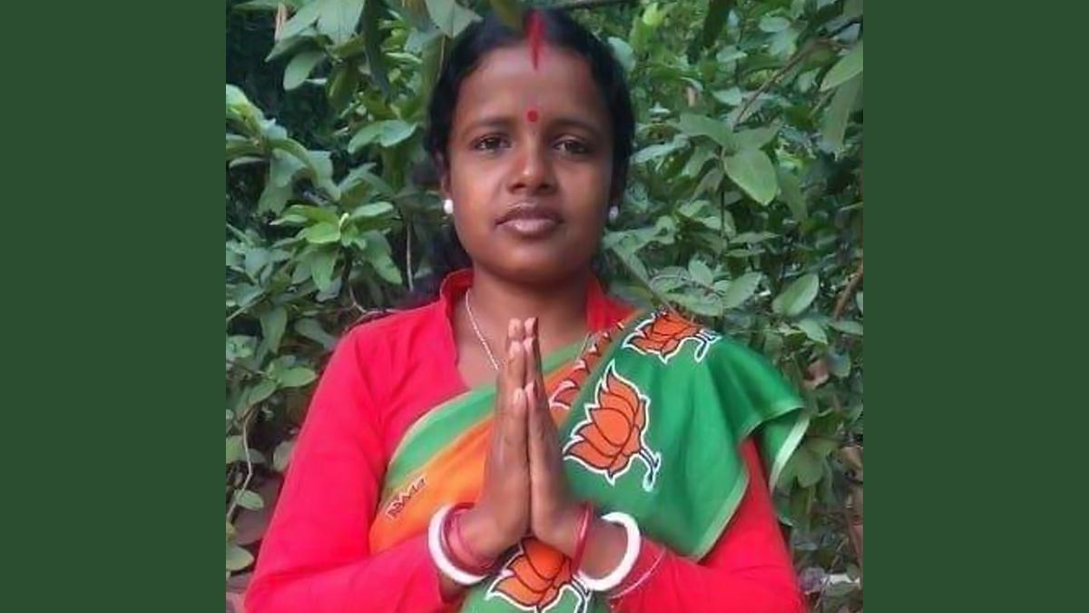Chandana Bauri: দ্বিতীয়বার 'বিয়ে' করেছেন শালতোড়ার বিজেপি বিধায়ক চন্দনা বাউড়ি? পুলিশে অভিযোগ দায়ের