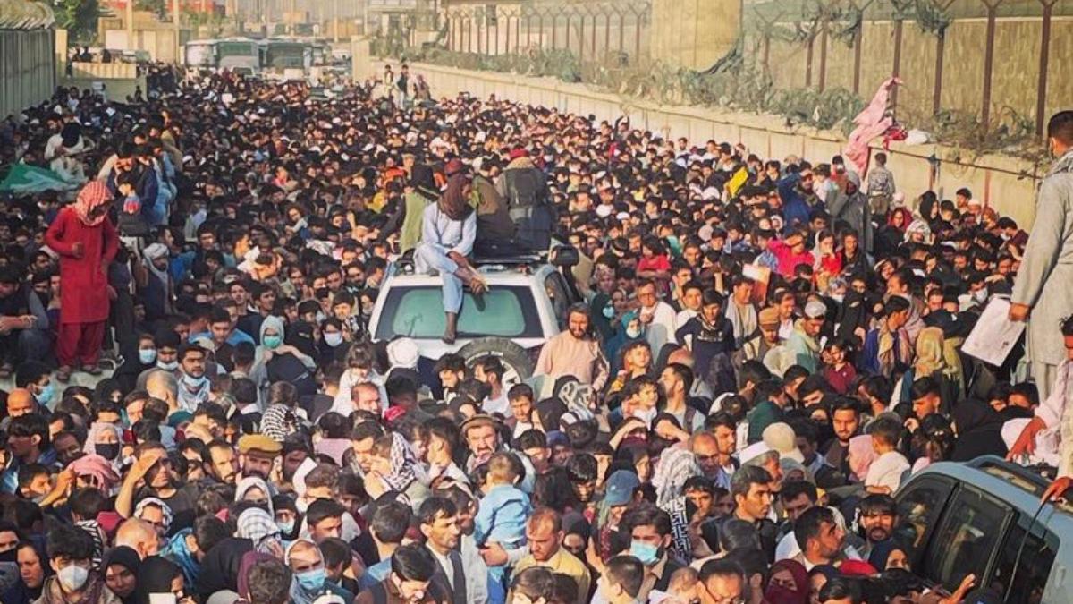 Afghanistan Crisis: কাবুল বিমানবন্দরের কাছে ভিড়ের মধ্যে পদপিষ্ট হয়ে ৭ জনের মৃত্যু, দাবি ব্রিটেনের