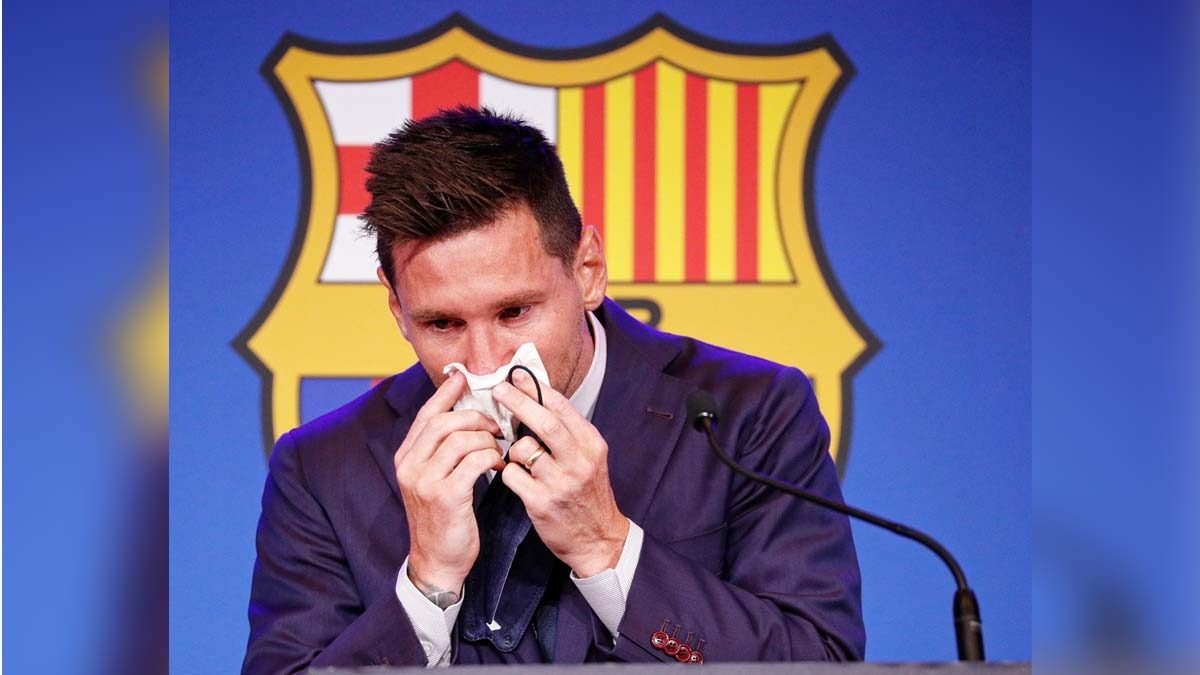 Lionel Messi: ২১ বছরের সম্পর্কে ইতি, বার্সেলোনায় বিদায়ী সাংবাদিক সম্মেলনে কাঁদলেন লিওনেল মেসি