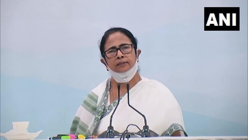 Mamata Banerjee: আফগানিস্তানে আটকে বাংলার ২০০ জনকে ফেরাতে বিদেশ মন্ত্রকের সঙ্গে কথা, জানালেন  মুখ্যমন্ত্রী