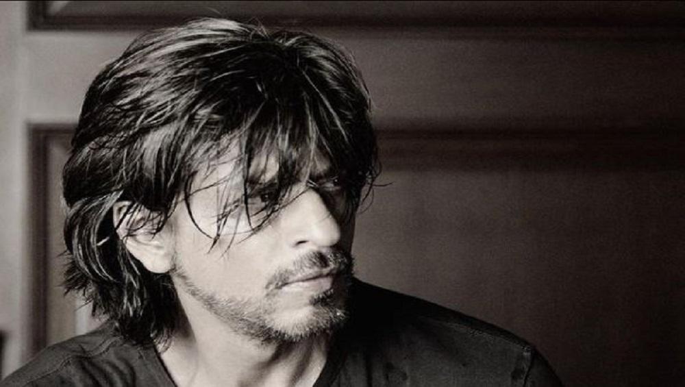 Shah Rukh Khan: 'শার্টলেস' শাহরুখ, ডাব্বুর ক্যালেন্ডারে ঝড় তুললেন কিং খান