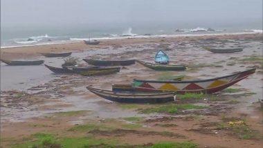 Cyclone Gulab: সাইক্লোন গুলাবের তাণ্ডবে ৩জনের প্রাণহানি, অন্ধ্রপ্রদেশে ট্রলার ডুবিতে দুই মৎস্যজীবীর মৃত্যু