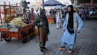 তালিবানরাজ, দুবেলার খাবার জোগাড়ে কাবুলের রাস্তায় টিভি, ফ্রিজ বিক্রি অসহায় আফগানদের