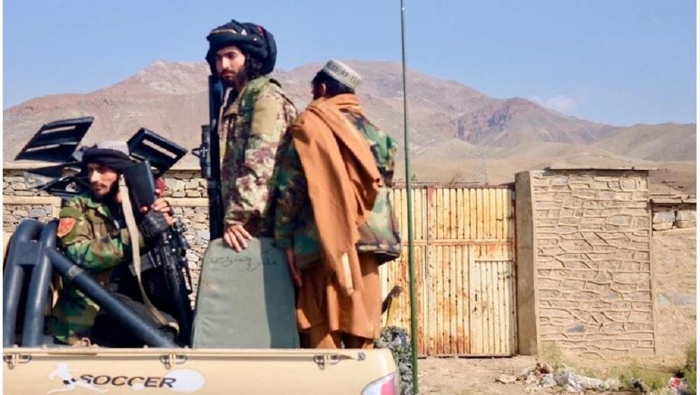 Afghanistan: পঞ্জশিরের পাহাড়ে লুকিয়ে তালিব যোদ্ধা, অব্যাহত লড়াই, আতঙ্কে এলাকা ছাড়ছেন মানুষ
