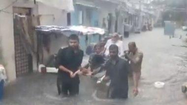 Rajkot Rains: প্রধানমন্ত্রীর রাজ্যের শহর রাজকোটের রাস্তা জলের তলায়, দেখুন ভিডিও