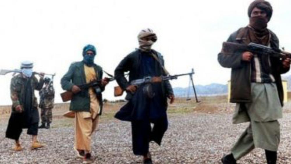 Afghanistan Crisis: আফগানিস্তানে অন্তঃসত্ত্বা পুলিশকর্মীকে স্বামী সন্তানের সামনে হত্যা, দায় নিতে নারাজ তালিবান
